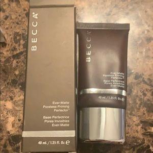 Pore corrector -BECCA cosmetics